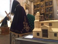 La Santa Merienda visita la muestra del 75 aniversario del Vía Crucis